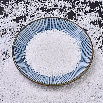 Cuentas de miyuki delica, cilindro, Abalorios de la semilla japonés, 11/0, (db0200) blanco opaco, 1.3x1.6mm, agujero: 0.8 mm, acerca 2000pcs / botella, 10 g / botella