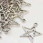 チベット風合金ペンダント, 鉛フリー及びカドミウムフリー, アンティークシルバー, スター, 約23mm長, 20.5 mm幅, 厚さ2mm, 穴:1.5mm