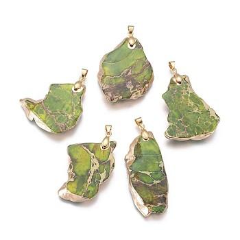 Натуральный регалит / имперская яшма / морские отложения яшмовые подвески, с латунной фурнитурой золотого цвета, самородки, желто-зеленый, 38.5~42.5x24.5~29.5x5~5.5 мм, отверстие : 4x4.5 мм