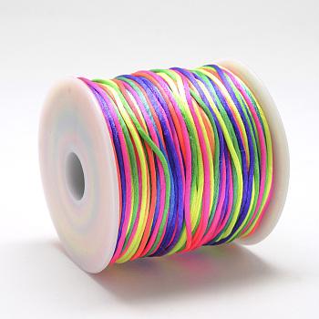 Hilo de nylon, Cordón de satén de cola de rata, colorido, alrededor de 1 mm; alrededor de 75m / roll